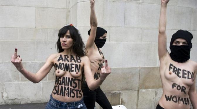 FEMEN ruft zum Kampf gegen IS