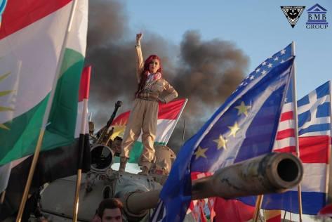 Helly Luv - Peschmerga gegen IS