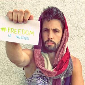 Darum tragen im Iran jetzt auch Männer Kopftuch