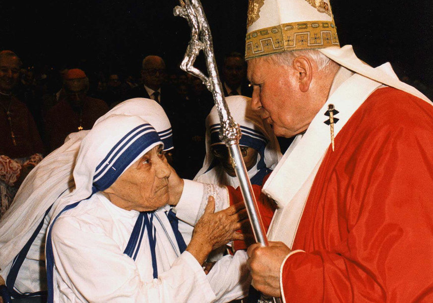 Teresa mit Papst Johannes Paul II