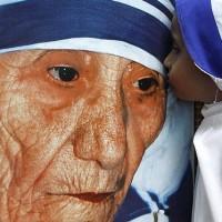 Mutter Teresa - Eine Unheilige wird heiliggesprochen
