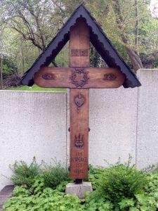 Im Kreuz ist Heil - Wegkreuz bei Unkel/Rhein - aufgenommen am 8.4.2017