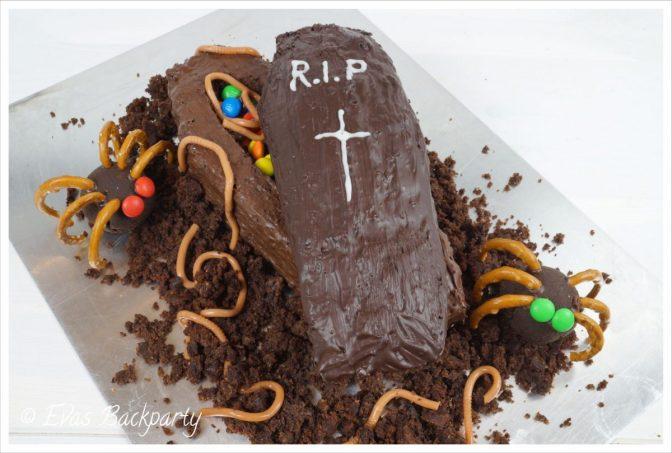 Sarg-Kuchen an Halloween