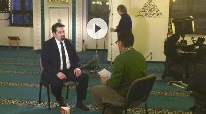 ZDF Kultur | Forum am Freitag - Was machen Muslime an Weihnachten?